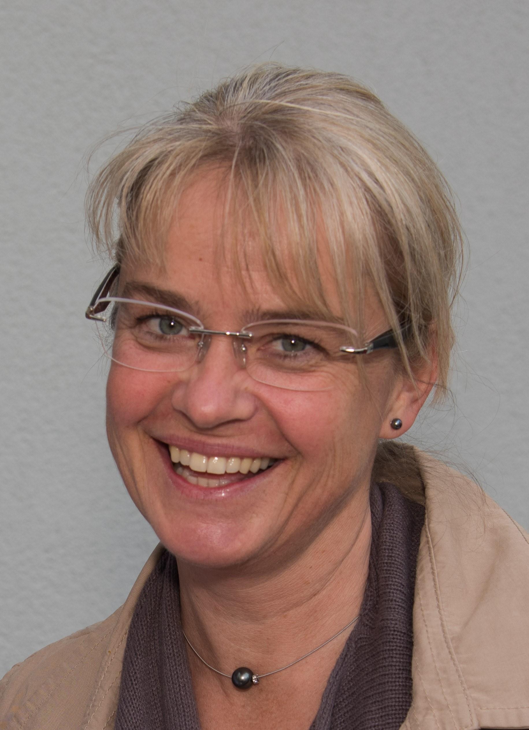 Daniela  Zeller-Simmerl